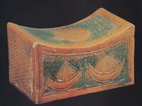 Древнекитайская подушка.