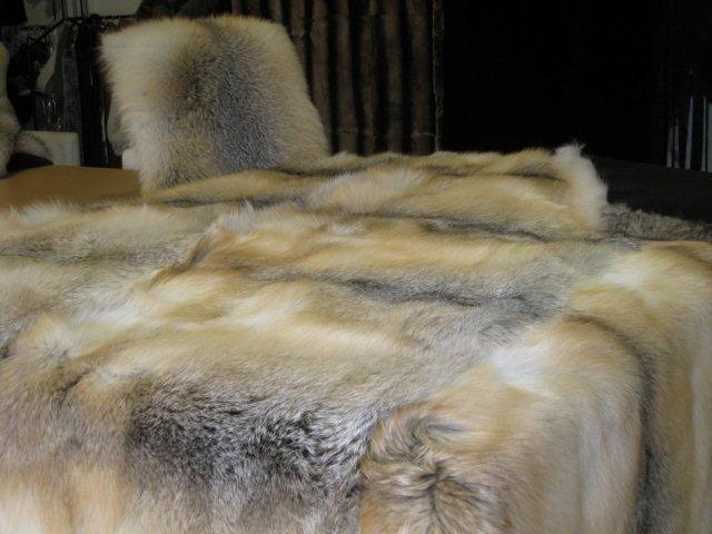 Принимаем заказы на изготовление меховых пледов из меха лисы,  других видов меха на итальянской фабрике Condorpelli