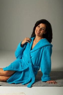 Однотонный махровый с капюшоном голубой, махровые халаты больших размеров, 60 размер и более