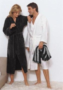 Однотонный махровый с воротником кимоно